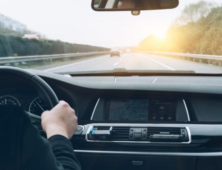 Financement d'une nouvelle voiture : 4 aspects à prendre impérativement en compte